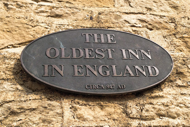 Historic market town Stow-on-the-Wold, The Old Stocks Inn